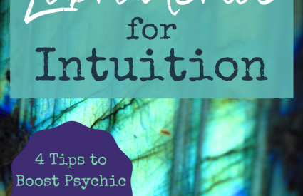 How to Use Labradorite for Intuition